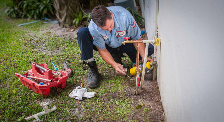 Emergency plumbing services art plumbing ac electric for Leaky pipe carries more water